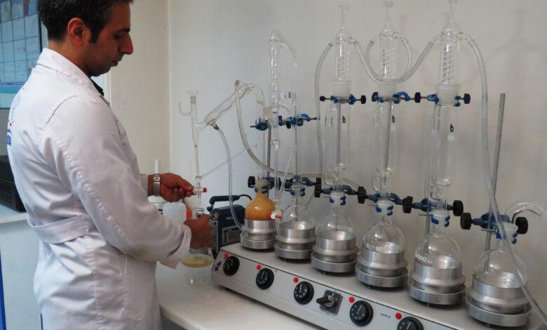 استخراج عصاره - استخراج اسانس - ماده موثره - گیاهان دارویی - اسانس گيري - عصاره گيري - اسانس زرد چوبه